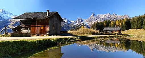 Österreich Berge Wandern Postkartenidylle
